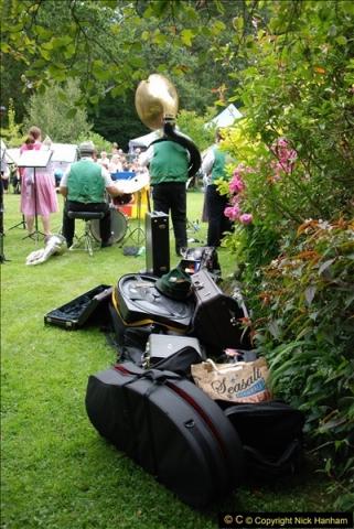 2015-08-09 Open Garden in aid of the Dorset Cancer Centre Holt, Wimborne, Dorset. (33)049