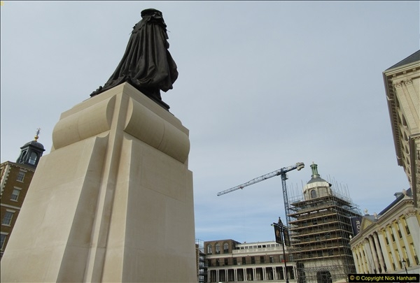 2016-11-16 The new statue to late Queen Mother in Dorchester, Dorset. (6)165