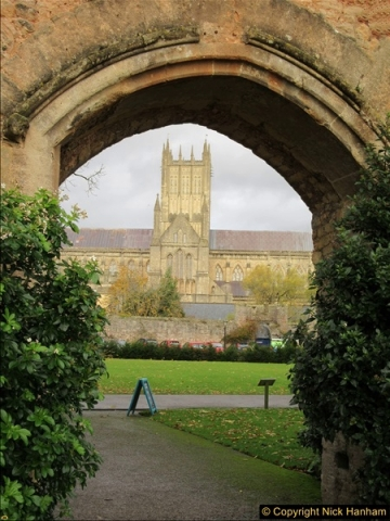 2016-11-17 Wells Cathedral and the Bishops Palace.  (20)185