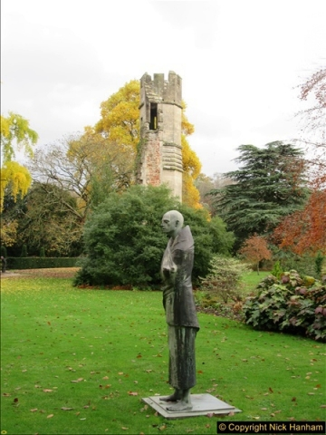 2016-11-17 Wells Cathedral and the Bishops Palace.  (21)186