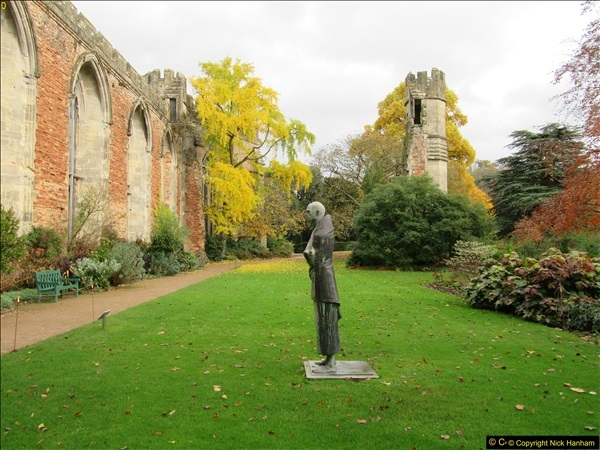 2016-11-17 Wells Cathedral and the Bishops Palace.  (22)187