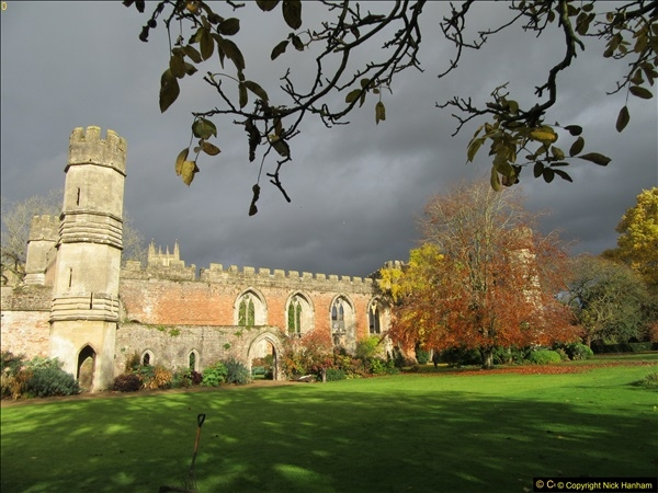 2016-11-17 Wells Cathedral and the Bishops Palace.  (23)188