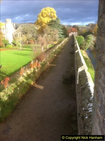 2016-11-17 Wells Cathedral and the Bishops Palace.  (24)189