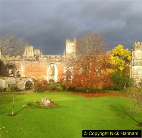 2016-11-17 Wells Cathedral and the Bishops Palace.  (27)192