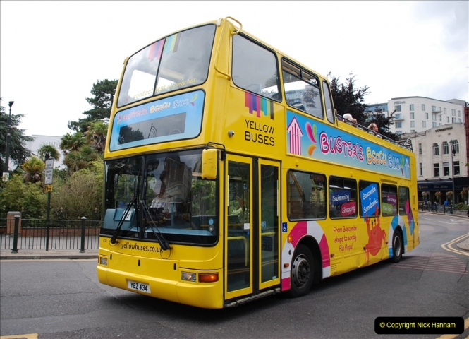 2019-07-18 More Yellow Buses Number 2 (33) Bournemouth Square 1230 to 1330 and journey home. 033