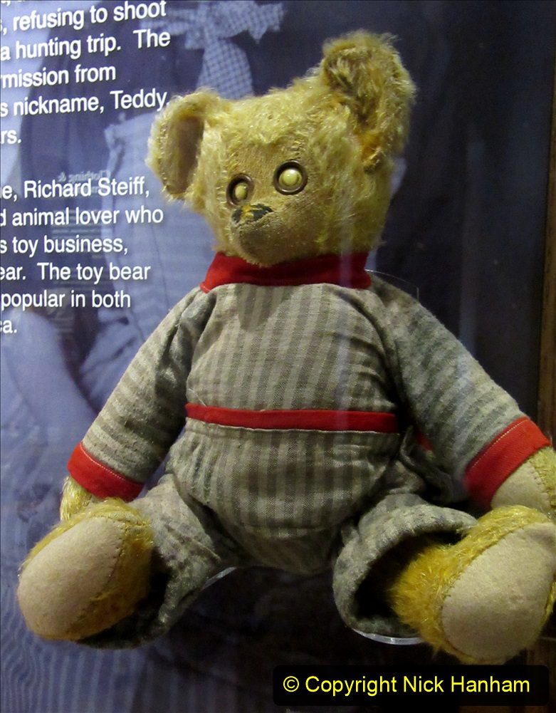 2019-11-10 New York. (255) Ellis Island and the imigrants. A bear that became Teddy after Theodore Roosevelt. 255