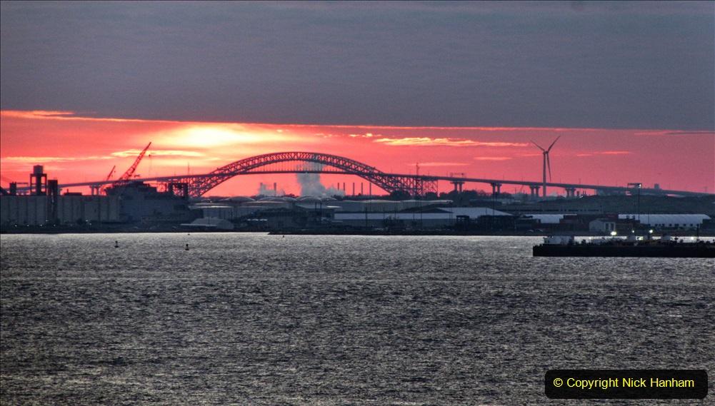 2019-11-10 New York. (400) Sunset New York style. 400