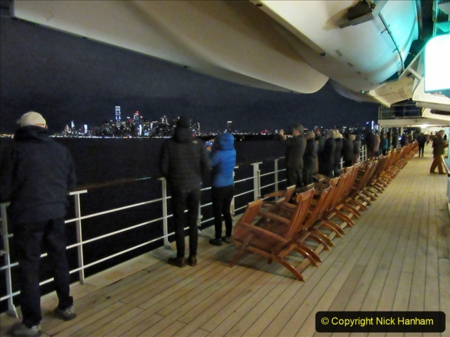2019-11-10 New York. (13) New York arrival on Queen Mary. 013