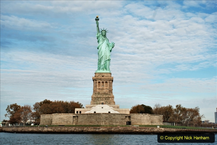 2019-11-10 New York. (143) On the wat to Liberty Island. The Statue of Liberty. 143