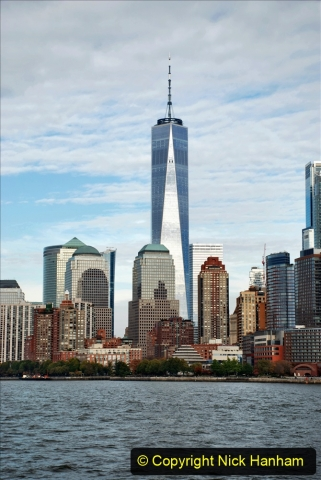 2019-11-10 New York. (307) Views on our way back to the Battery. 307