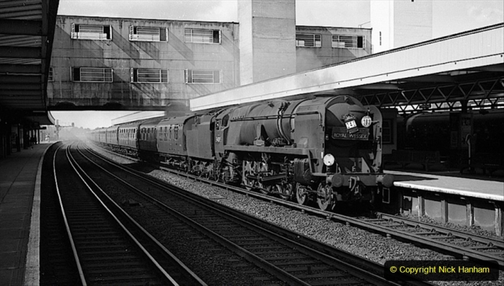 2020-06-03 The Royal Wessex. (9)290