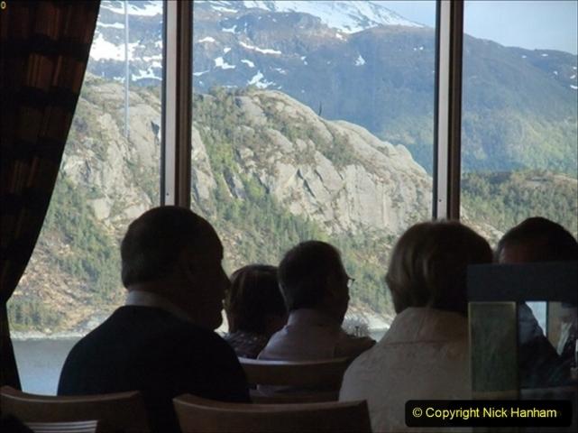 2012-05-13 to 20 Norway Cruise. On board towel folding. food & crew good bye.  (16)089