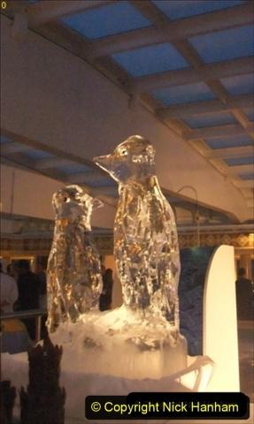 2012-05-13 to 20 Norway Cruise. On board towel folding. food & crew good bye.  (18)091