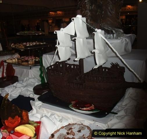 2012-05-13 to 20 Norway Cruise. On board towel folding. food & crew good bye.  (24)097