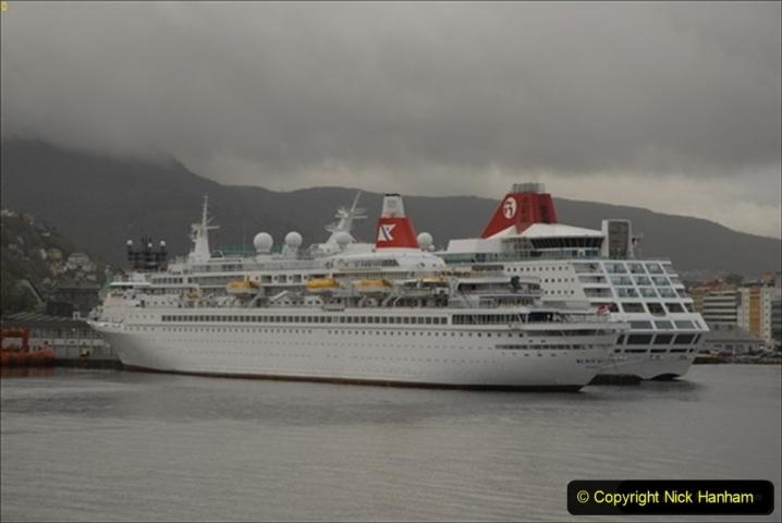 2012-05-15 Norway Cruise. Bergen.  (17)121
