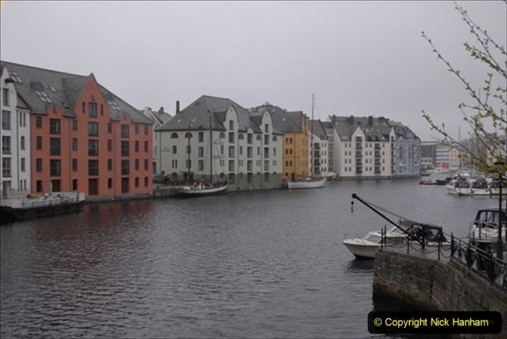 2012-05-17 Norway Cruise. Alesund on Norway Constitution Day.  (1)438