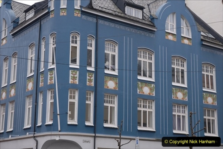 2012-05-17 Norway Cruise. Alesund on Norway Constitution Day.  (82)519