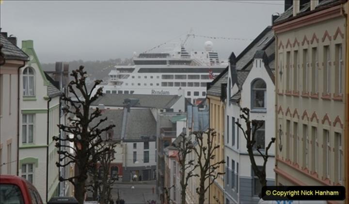 2012-05-17 Norway Cruise. Alesund on Norway Constitution Day.  (83)520