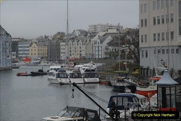2012-05-17 Norway Cruise. Alesund on Norway Constitution Day.  (92)529