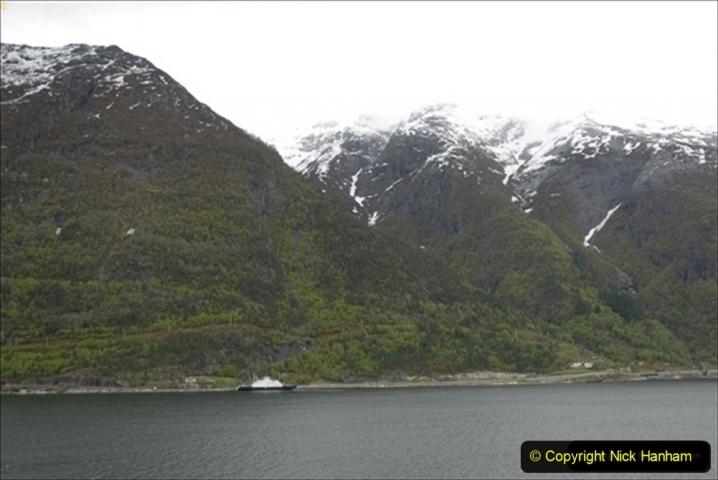 2012-05-18 Norway Cruise. Eidfjord.  (22)569