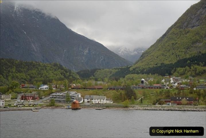 2012-05-18 Norway Cruise. Eidfjord.  (30)577