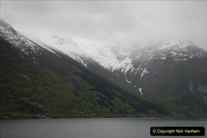 2012-05-18 Norway Cruise. Eidfjord.  (3)550