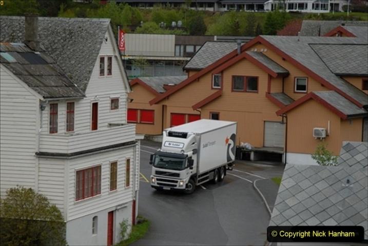 2012-05-18 Norway Cruise. Eidfjord.  (47)594