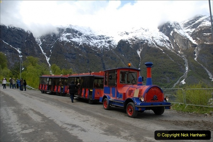 2012-05-18 Norway Cruise. Eidfjord.  (74)621