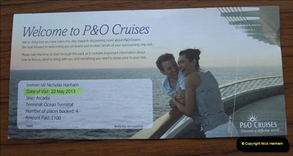 2012-05-22 P&O Arcadia ship visit.  (1)001