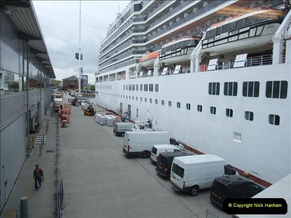 2012-05-22 P&O Arcadia ship visit.  (27)027