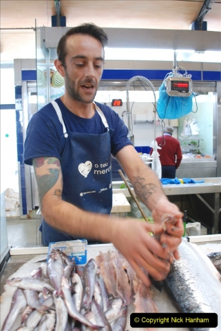 2019 June 28 to 05 July P&P MV Orian France, Spain and Guernsey. (215) Ferrol, Spain. The fish market. Gutting a fish in a few seconds. 215