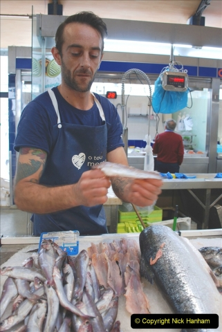 2019 June 28 to 05 July P&P MV Orian France, Spain and Guernsey. (216) Ferrol, Spain. The fish market. Gutting a fish in a few seconds. 216