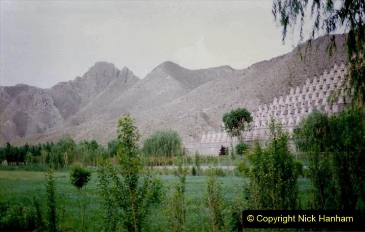 Pakistan and China 1996 June. (5) Visit to the 108 Pagodas at Quingtongxia.  005