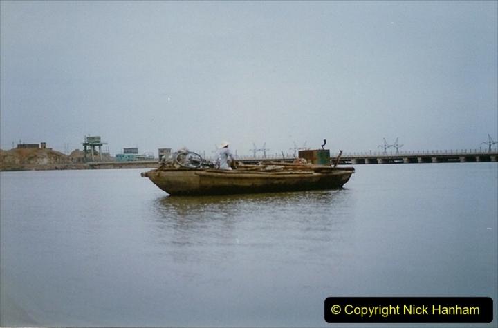 Pakistan and China 1996 June. (7) Visit to the 108 Pagodas at Quingtongxia.  007