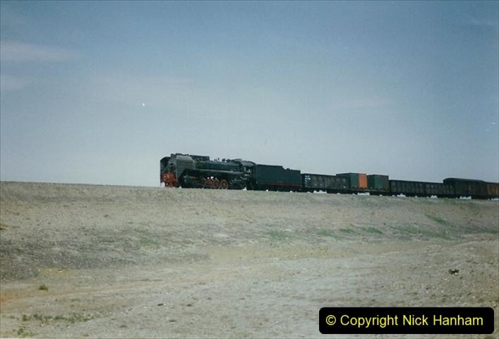 Pakistan and China 1996 June. (280) Linesiding outside Shizuishan. 280