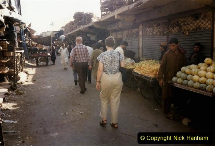 Pakistan and China 1996 June. (41) Karachi.  Local Market. 041
