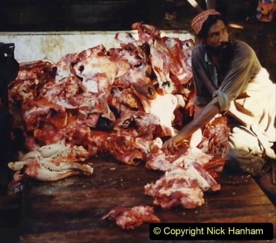Pakistan and China 1996 June. (46) Karachi.  Local Market. 046