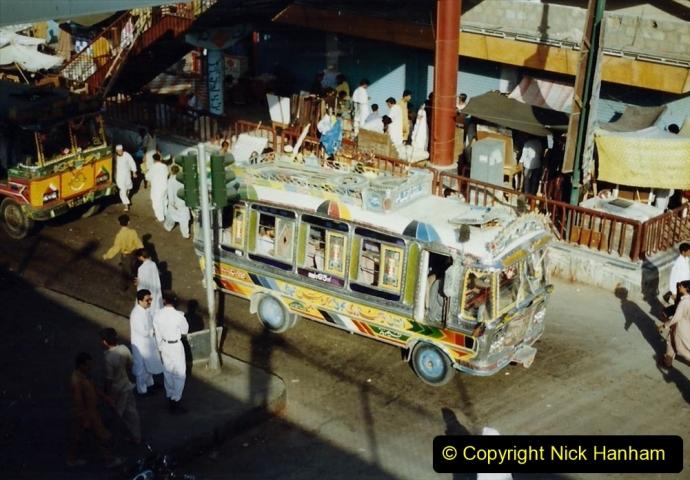 Pakistan and China 1996 June. (50) Karachi.  Local Market. 050
