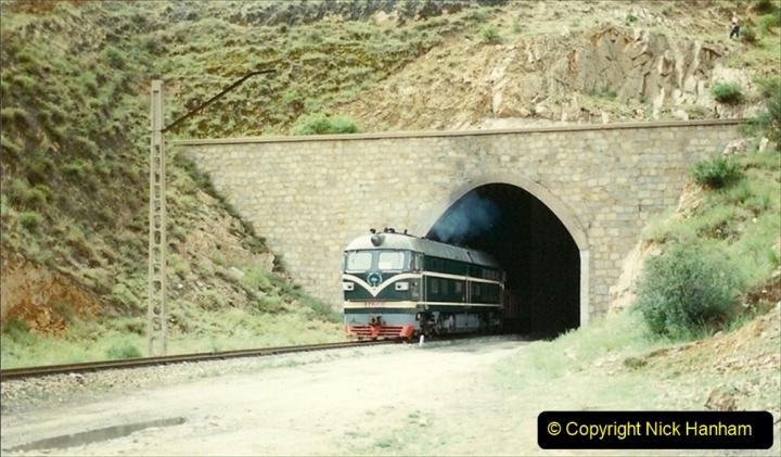 Pakistan and China 1996 June. (10) The Bayanobo Branch. 010