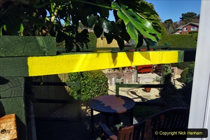 2021-04-04 Deck area height warning repainted. Garden makeover. (65) 065