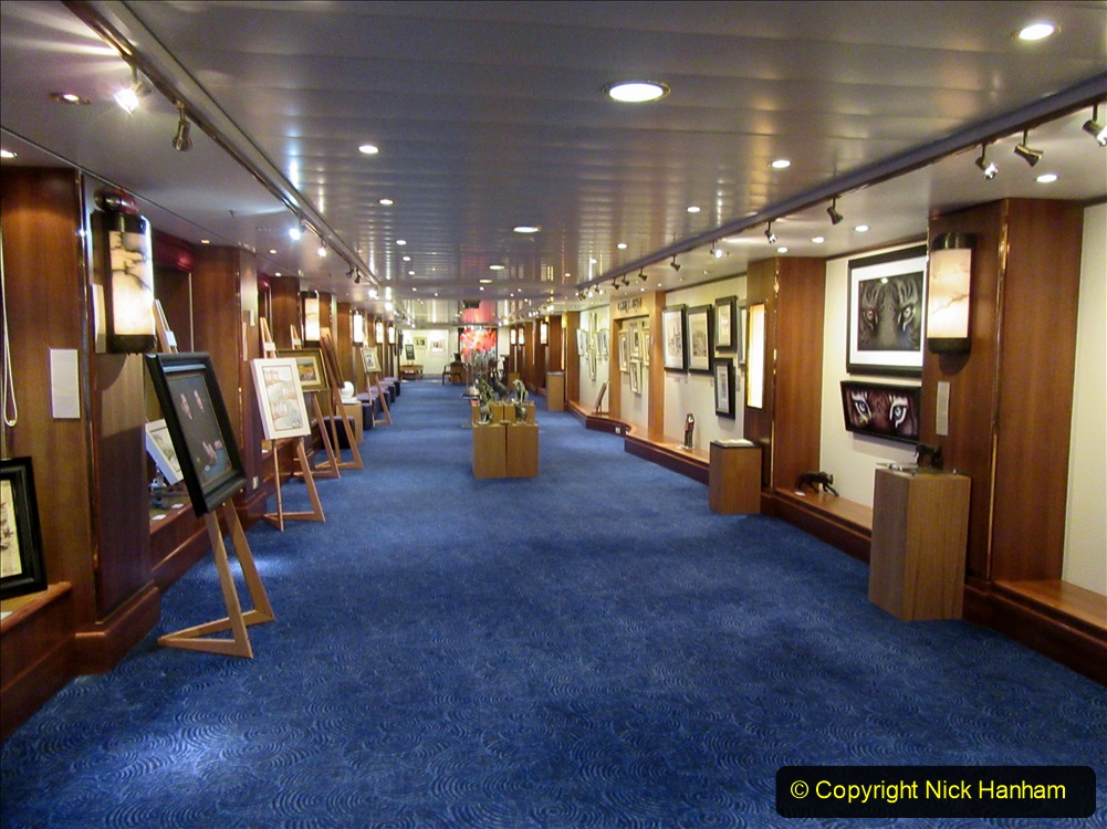 2019_11_03 to 17 Cunard's Queen Mary New York to Southampton @ first Literature Festival at Sea.  (94) The Clarenden Art Gallery. 094