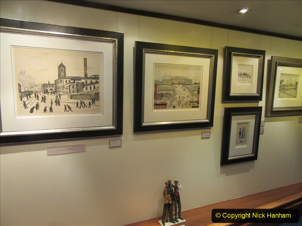 2019_11_03 to 17 Cunard's Queen Mary New York to Southampton @ first Literature Festival at Sea.  (99) The Clarenden Art Gallery. 099