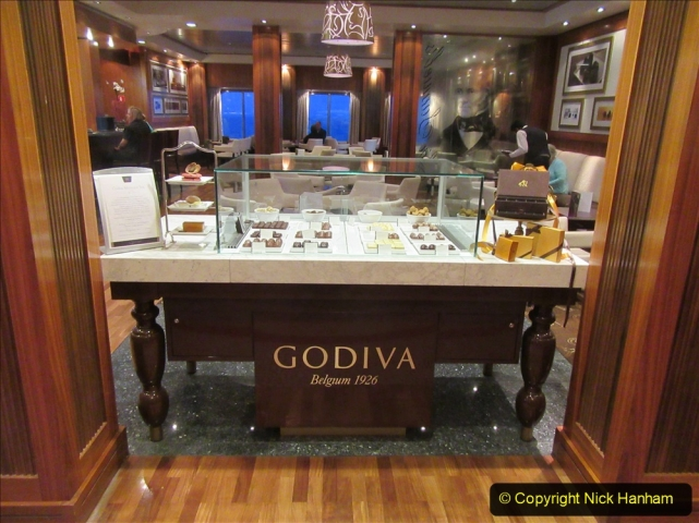 2019_11_03 to 17 Cunard's Queen Mary New York to Southampton @ first Literature Festival at Sea.  (100) Godiva Chocolates. 100