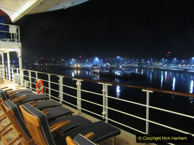 2019_11_03 to 17 Cunard's Queen Mary New York to Southampton @ first Literature Festival at Sea. (147) Approaching Southampton Quay side. 147
