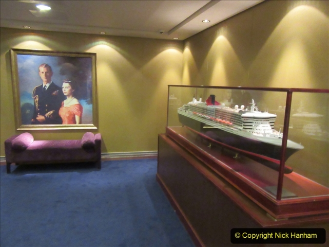 2019_11_03 to 17 Cunard's Queen Mary New York to Southampton @ first Literature Festival at Sea.  (38) An evening on QM2. 034