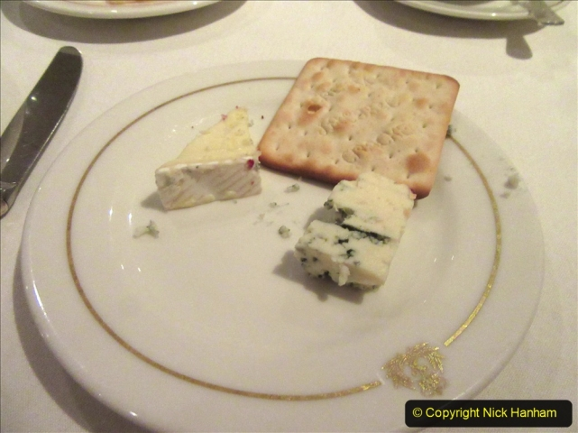 2019_11_03 to 17 Cunard's Queen Mary New York to Southampton @ first Literature Festival at Sea.  (59) Dinner. 059
