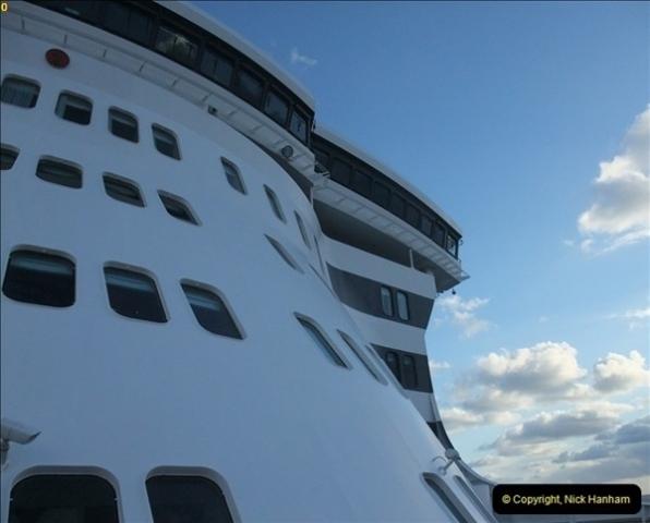 2012-11-06 At Sea.  (9)089