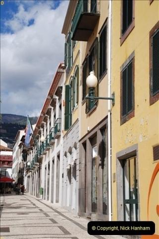 2012-11-08 Funchal, Madeira.  (230)355