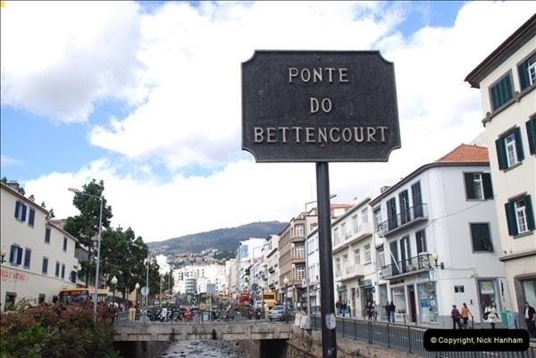 2012-11-08 Funchal, Madeira.  (235)360