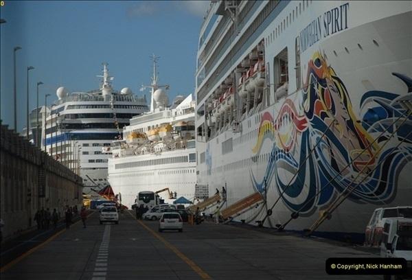 2012-11-10 Santa Cruz de Tenerife, Tenerife, Canary Islands.  (41)400